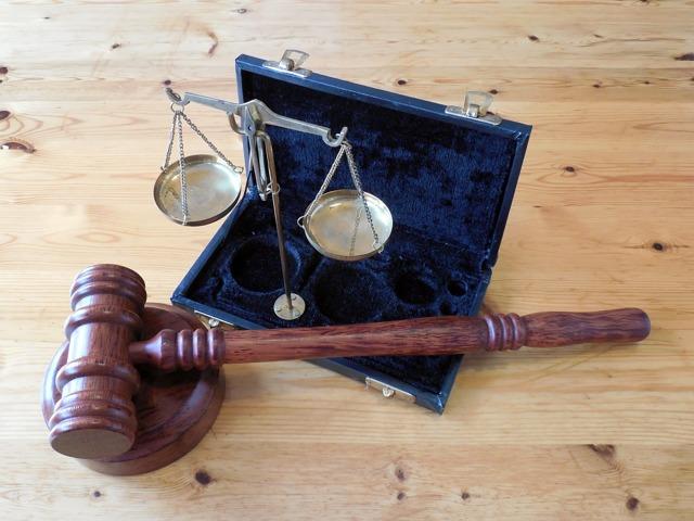 Выплаты при 50 лет супружеской жизни: размер, как получить, социальные привилегии