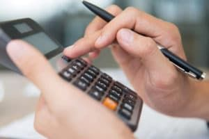 Алименты на жену в декрете: сколько и как платить, размер и расчет