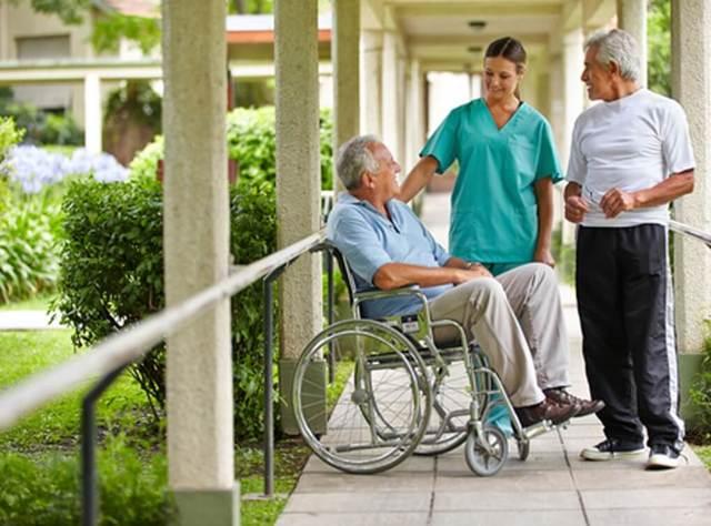 ЕДВ инвалидам 2 группы: что такое, сумма, что входит, оформление