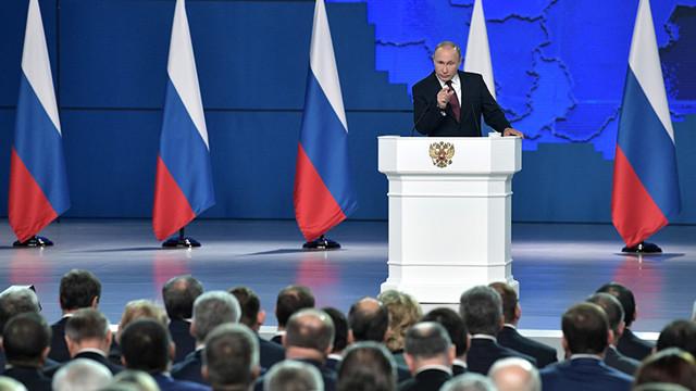 На повышение пенсий до соцдоплаты и прожиточного минимума выделят 100 млрд. рублей