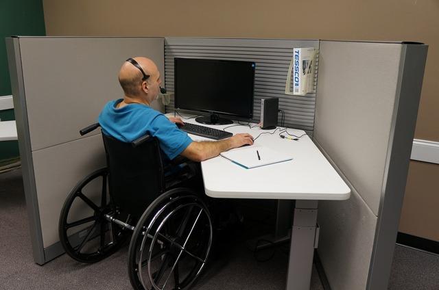 Льготы, права и привилегии опекунам инвалидов: что положено и как оформить в 2020 году, документы, новости
