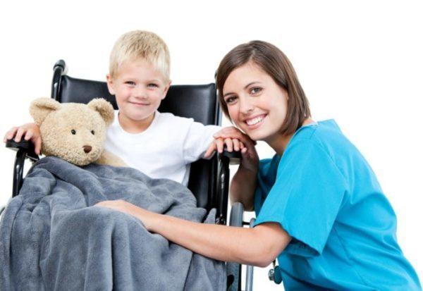Отпуск родителям ребенка-инвалида: сроки, правила и порядок предоставления, особенности оплаты, документы