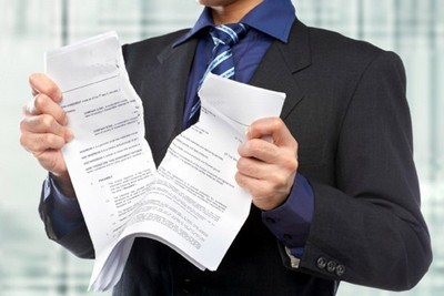Декрет при срочном трудовом договоре: особенности и правила оформления отпуска, размер и порядок начисления пособий