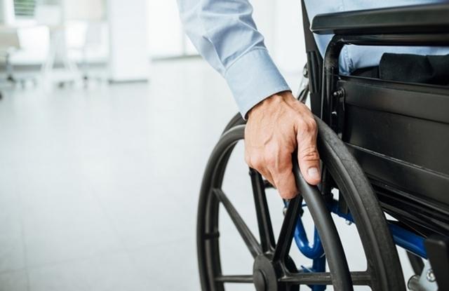 Пособие и выплаты по инвалидности в 2020 году: размер и расчет, как оформить и получить, необходимые документы, новости, законы