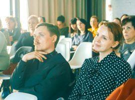 Пособия и выплаты на ребенка в Астрахани в 2020 году: федеральные и региональные, размеры выплат, порядок и условия получения, необходимые документы