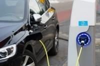 Правительство РФ хочет освободить владельцев электромобилей от налогового бремени