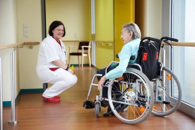 Реабилитация и абилитация инвалидов в 2020 году в России: что это, программы и мероприятия, разница, цели
