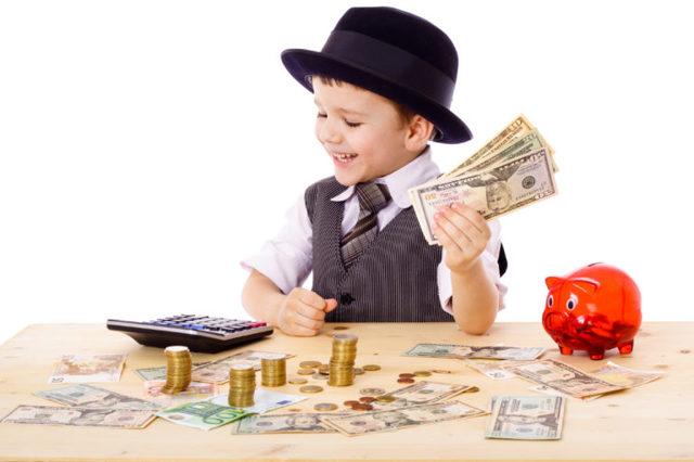 Как использовать материнский капитал в 2020 году: на что можно потратить средства по сертификату