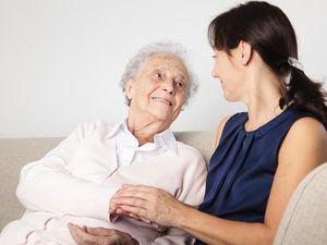 Социальная помощь пожилым людям: виды поддержки, условия и особенности получения, правила оформления и необходимые документы