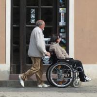 Льготы и привилегии работающим инвалидам 1, 2 и 3 группы в 2020 году: какие положены и как получить