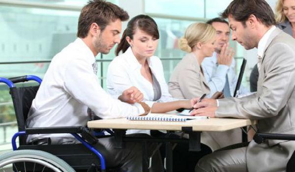 Увольнение в связи с инвалидностью: правила и порядок, выплаты особенности по группам, пособия и компенсации, образец заявления