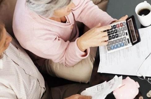 Страховая пенсия по старости в 2020 году: понятие, право на выплаты, условия и порядок назначения, размер и расчет, необходимые документы, законы