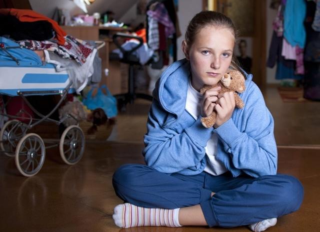 Льготы, права и выплаты сирот после 18 лет: что положено и как получить, необходимые документы, законы