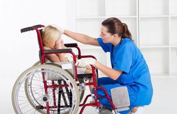 Выплаты по уходу за ребенком-инвалидом: размер и сроки, порядок и условия получения, необходимые документы