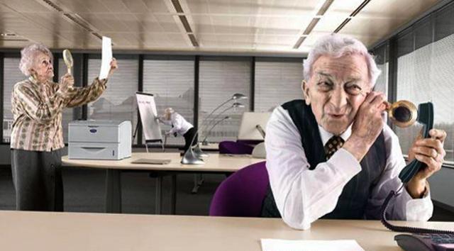 Работа на пенсии: нужно ли работать, преимущества и недостатки, последние изменения и законы