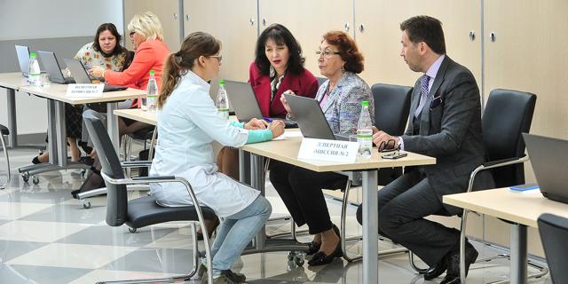 В Москве учреждены гранты на обучение врачей дефицитной специализации