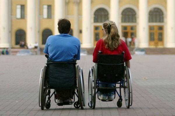 Пожизненная инвалидность в России: особенности и порядок присвоения, перечень заболеваний, можно ли снять