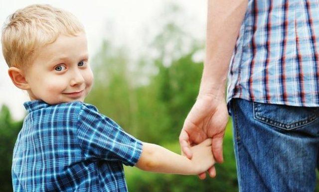 Установление отцовства в добровольном порядке: условие и требования в 2020 году, документы, новости