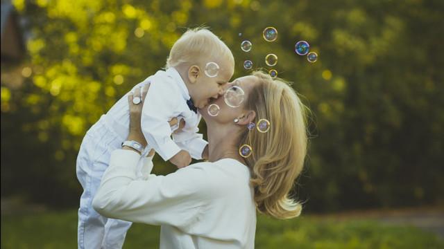 Продлен срок получения пособия напервенца ивыплаты навторого ребенка изМСК