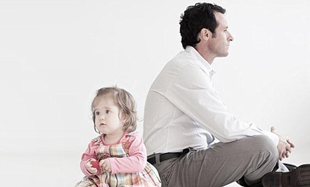 Оспаривание отцовства: исковое заявление, сроки и основания, правила