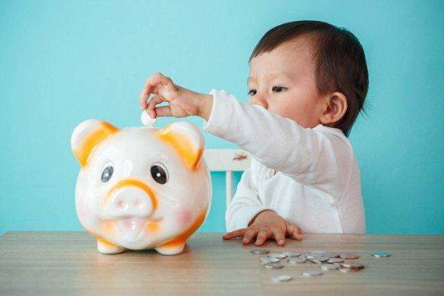 Пособия и выплаты на ребенка в Кирове в 2020 году: федеральные и региональные, размеры выплат, порядок и условия получения, необходимые документы