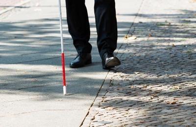 Инвалидность по зрению: льготы и пособия, размер выплат, критерии и условия получения, порядок и правила оформления, запреты
