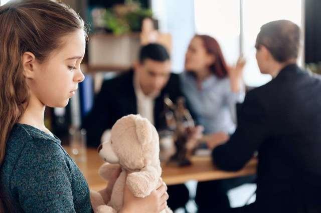 Получение алиментов в браке: особенности оформления и получения выплат без развода, размер, документы