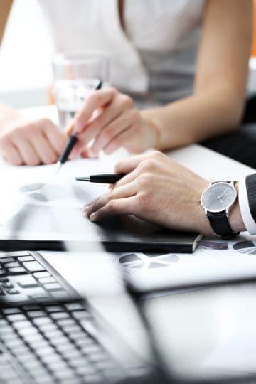 Увольнение в связи с выходом основного работника: правила и порядок процедуры, особенности, нормы ТК РФ